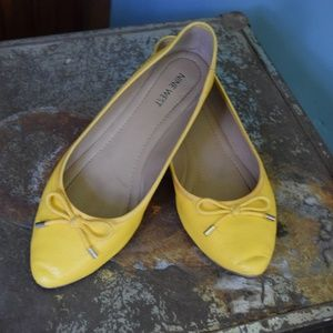 Yellow Nine West Pointed Ballet Flats